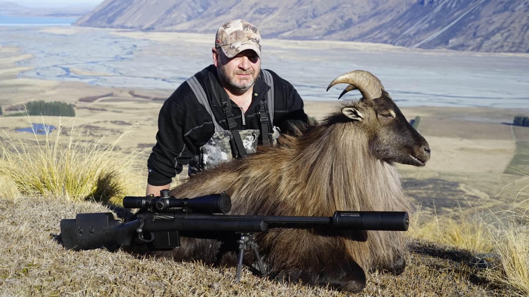 Tahr hunting New Zealand